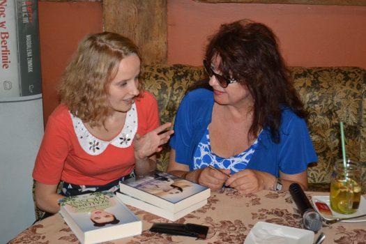 Na spotkanie z autorkami przybyła również słupska blogerka- Marika Ciok z Biblioteki Słów:)